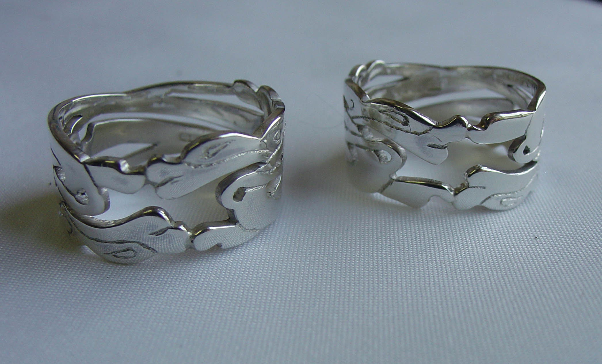 Silver animal cut out rings