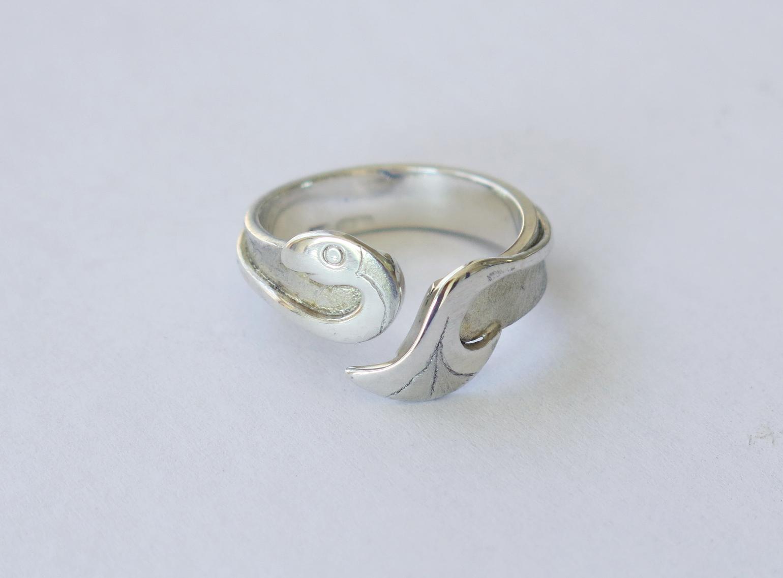 Silver fish ring